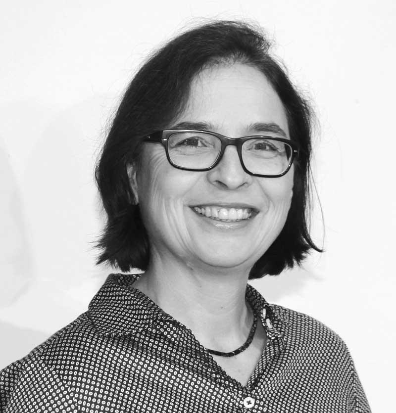 Dr. Julia Kluger